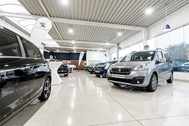 Garage Vanbussel Peer - Showroom